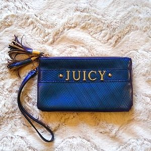 Juicy double zip pocket wristlet.
